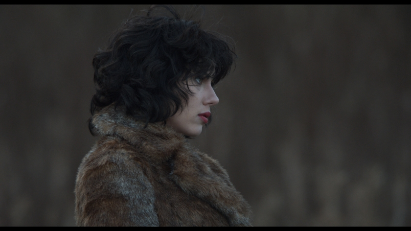 UnderTheSkin04